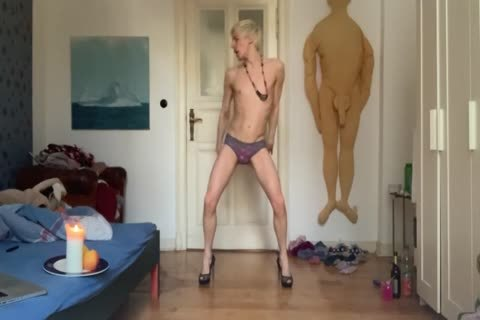 cunt IS ALWAYS HUNGRY FOR bare cock